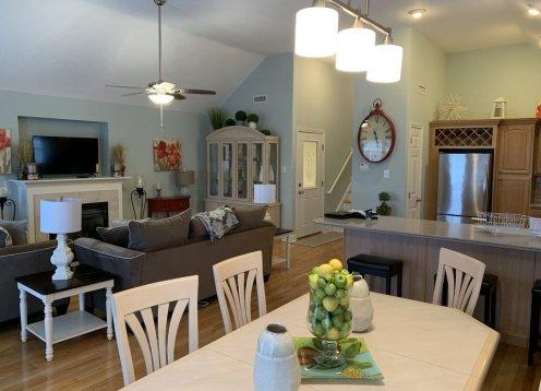 615B Ocean Ave-Clean and Comfortable 4 bedroom, 3 12 Bath